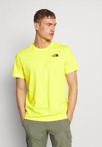 The North Face - REDBOX TEE - Print T-shirt - lemon - 2