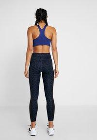 Nike Performance - ONE 7/8 - Tights - midnight navy/black/white - 2