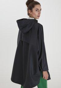 ICHI - IHTAZI  - Waterproof jacket - dark navy - 2