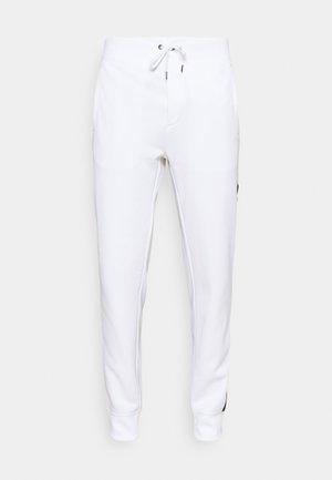 TRACKPANT ATHLETIC - Spodnie treningowe - white