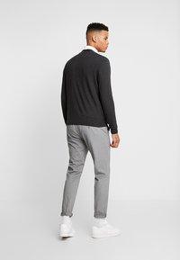 Burton Menswear London - CORE CARDIGAN - Kardigan - dark grey - 2