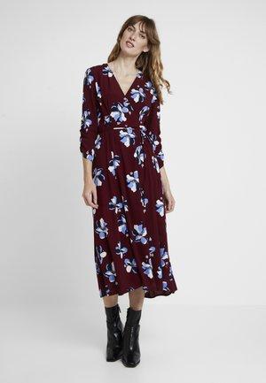 ROCHELLE FLOWER - Robe d'été - cabernet combo