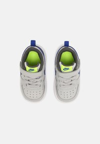 Nike Sportswear - COURT BOROUGH LOW 2 UNISEX - Baskets basses - grey fog/game royal/iron grey/volt - 3
