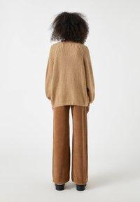 PULL&BEAR - Cardigan - brown - 2