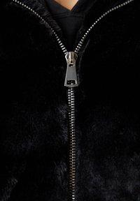 PULL&BEAR - Winter jacket - black - 6