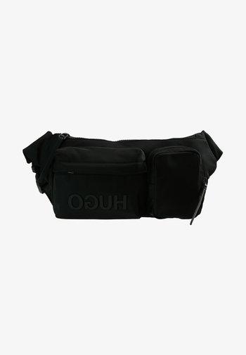 RECORD WAIST BAG