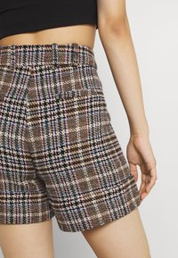 Molly Bracken - YOUNG LADIES  - Shorts - multicolour - 3
