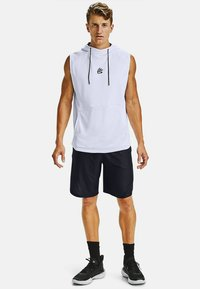 Under Armour - CURRY ELEVATED SHORT - Short de sport - black - 0