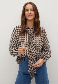Mango - VITTORIA - Button-down blouse - rot - 0