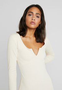 Nly by Nelly - MIDI DRESS - Jerseyjurk - creme - 4