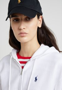 Polo Ralph Lauren - SEASONAL - Zip-up hoodie - white - 4