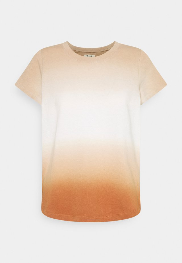 DOCK TEE DIP DYE - T-Shirt print - ochre