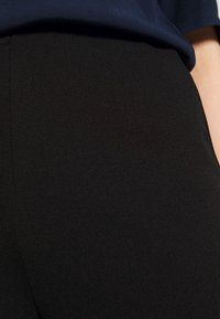 Nly by Nelly - STRAIGHT PANT - Trousers - black - 4