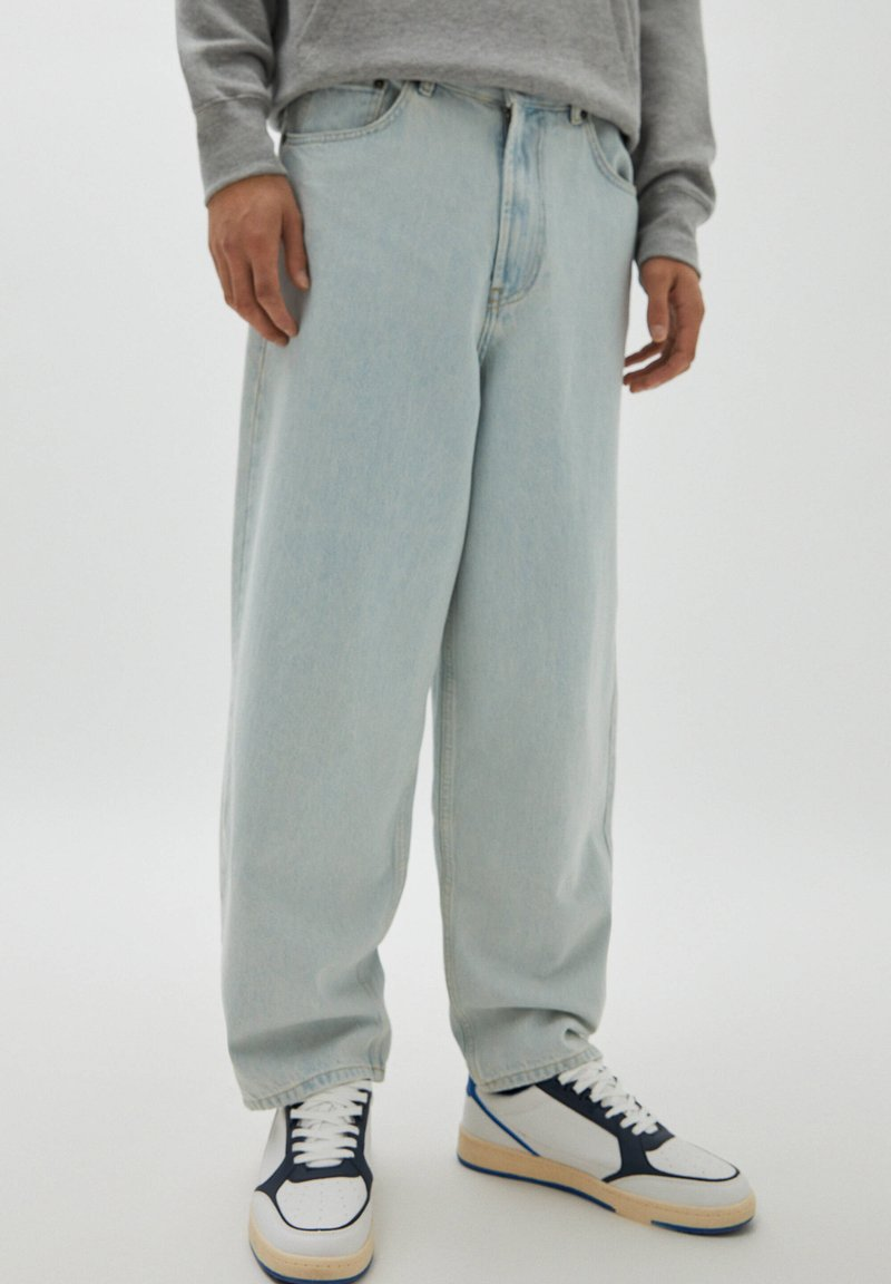 PULL&BEAR - Relaxed fit jeans - light-blue denim