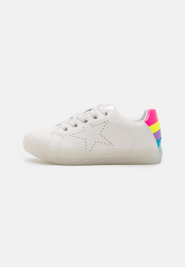 JREZZA - Sneakers laag - white