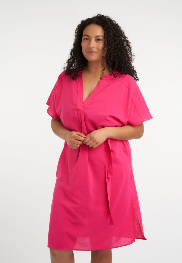 Blouse - bright pink