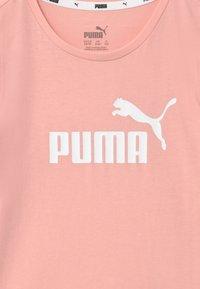 Puma - TEE - Triko spotiskem - peachskin - 3