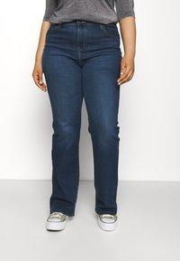 Levi's® Plus - 725 PL HR BOOTCUT - Straight leg jeans - bogota shake plus - 0