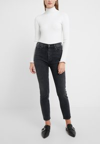 Agolde - NICO HIGH RISE - Jeansy Slim Fit - virtue - 0