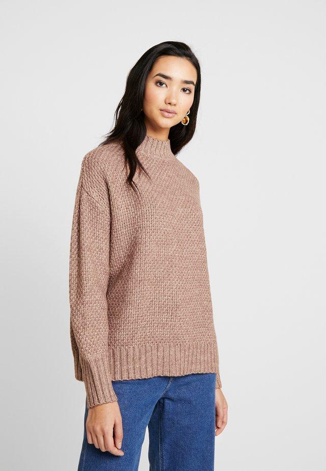 VOLT - Pullover - nutmeg