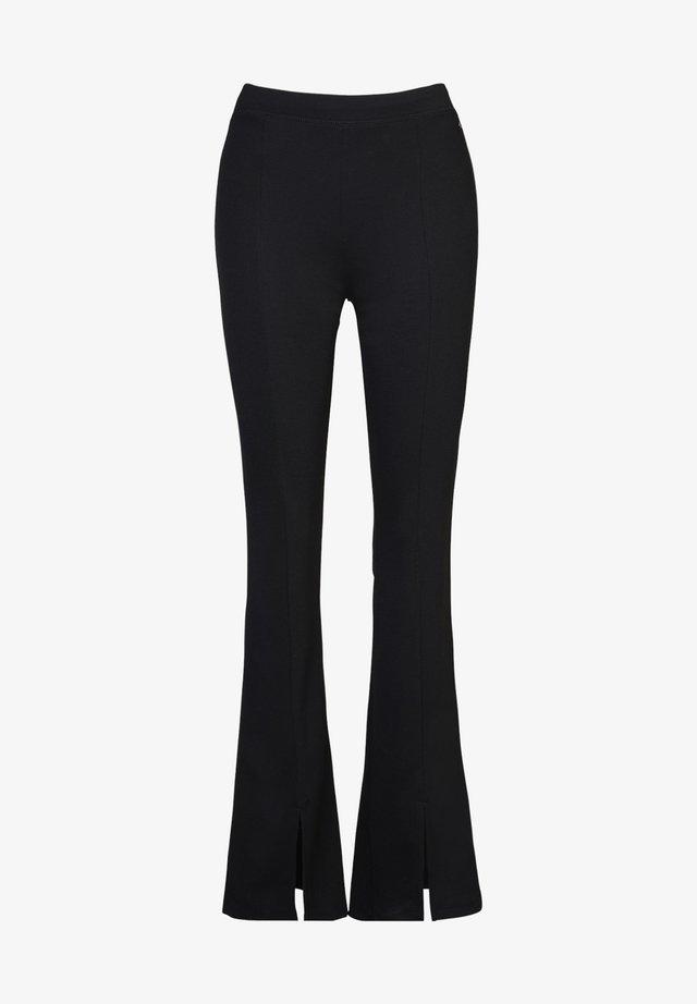 CAROLA - Pantalon classique - black
