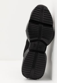 Versace Jeans Couture - Sneakersy wysokie - black/multicolor - 5