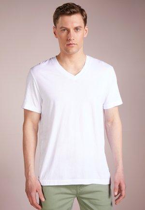 V-NECK TEE - T-paita - white