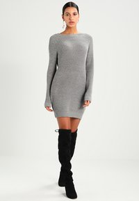 Noisy May - NMSIESTA O-NECK DRESS - Jumper dress - medium grey melange - 1