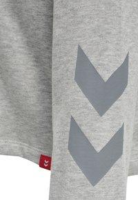 Hummel - Hættetrøjer - grey melange - 4