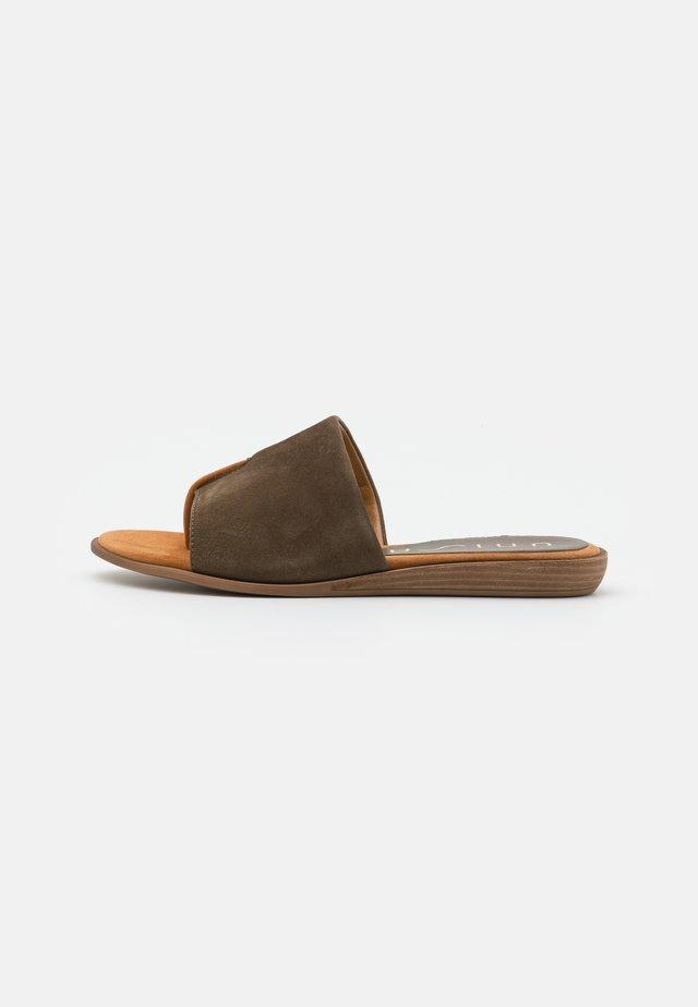 ACHO - T-bar sandals - salvia