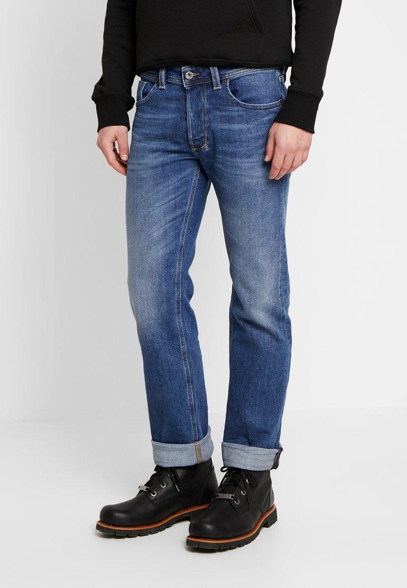 Diesel - LARKEE - Straight leg jeans - 0096E01