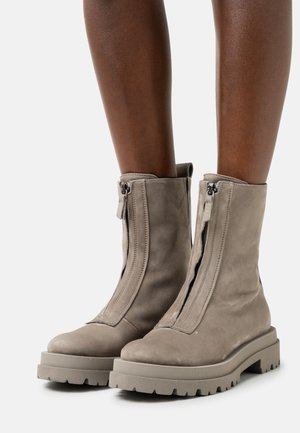 SHADE - Classic ankle boots - kali