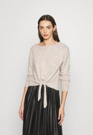 PULLOVER TIE - Sweter - beige melange
