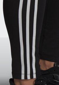 adidas Originals - 3 STRIPES ADICOLOR COMPRESSION - Legging - black - 4