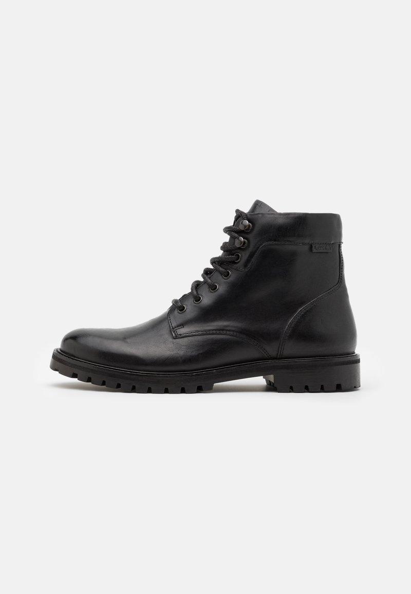 Levi's® - ROBERTS - Šněrovací kotníkové boty - regular black