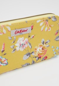 Cath Kidston - CONTINENTAL ZIP WALLET - Portefeuille - yellow - 2