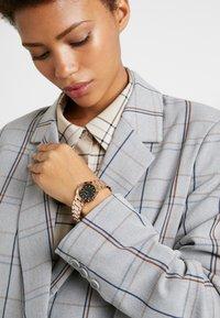Emporio Armani - Horloge - rose gold-coloured - 0