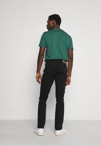 Mustang - VEGAS - Slim fit jeans - black denim - 2