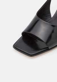 3.1 Phillip Lim - LAURA SLINGBACK WEDGE - Wedge sandals - black - 6