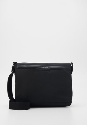 FLAP MESSENGER - Notebooktasche - black