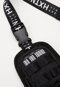 HXTN Supply - PRIME HARNESS BAG - Across body bag - black - 3