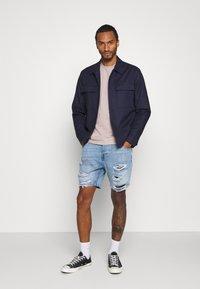 Brave Soul - DUKE - Denim shorts - light blue - 1