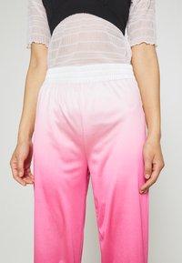 HOSBJERG - RILEY PANTS - Trousers - pink - 4