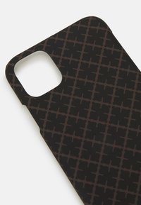By Malene Birger - PAMSY iPhone 11 - Phone case - dark chokolate - 3