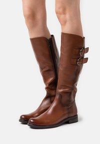 Caprice - Vysoká obuv - cognac - 0