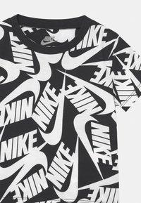Nike Sportswear - FUTURA SET - Teplákové kalhoty - black - 3