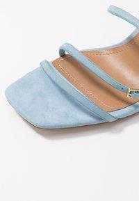 Who What Wear - EVERLY - Sandály na vysokém podpatku - sky blue - 2