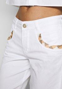 Mos Mosh - DECOR - Shorts - white - 4