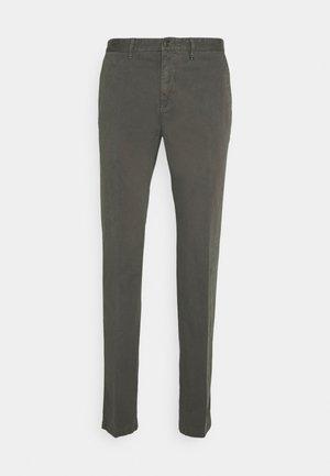 Chino kalhoty - castlerock