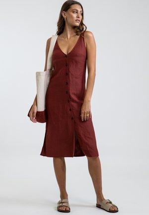 BRONTE  - Robe chemise - mottled dark red